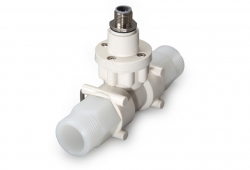 FT2 turbine flow meter with 3/4 fittings manufactured from PVDF fittings